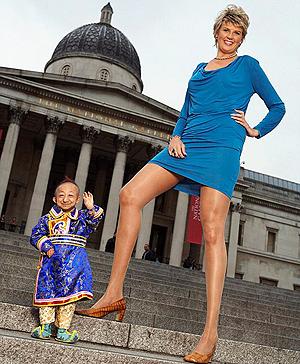 Ноги Светланы Панкратовой из Волгограда для маленького китайца были словно столбы. Фото: DailyMail.