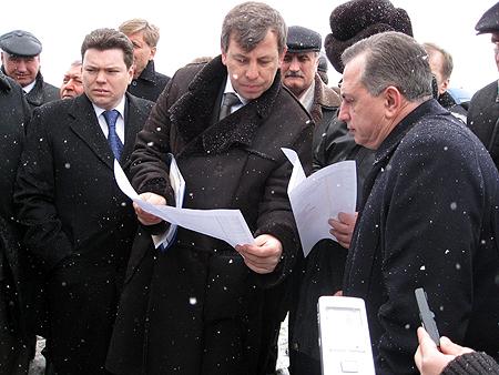 Борис Колесников (справа): - Мы готовы влить во Львов огромные инвестиции.