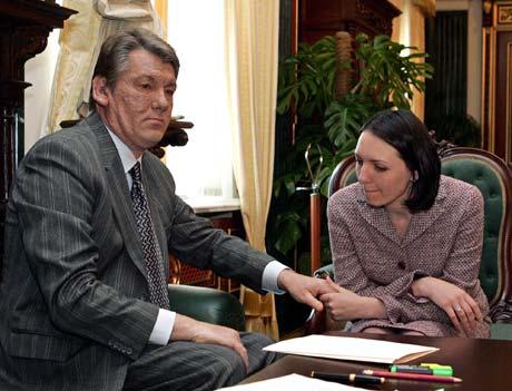 Президент Виктор Ющенко при встрече с Мирославой Гонгадзе пообещал, что заказчики убийства Георгия будут найдены и осуждены.