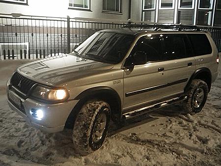 Mitsubishi, который Максим Зуев взял в прокат незадолго до смерти.