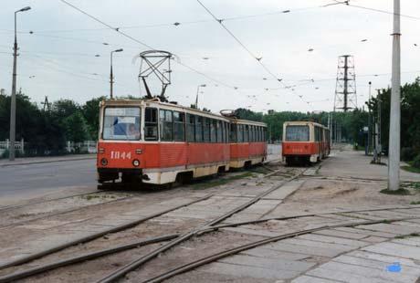 Фото 1996 года. Тот самый трамвай шестого маршрута Днепродзержинска, из-за которого погибли 34 человека.