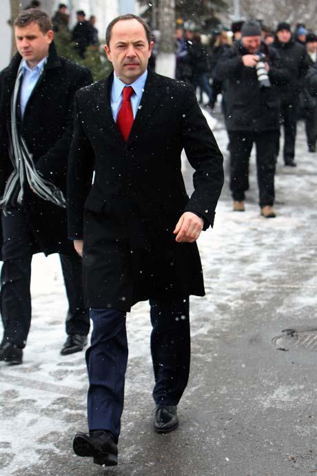 Все костюмы Сергея Тигипко шьют под заказ.