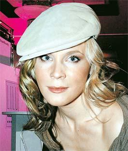 Мария Куликова сыграла роль двойника своей же героини, после того как героиня «погибла»...