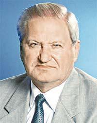 Вице-премьер по региональной политике Виктор Тихонов.