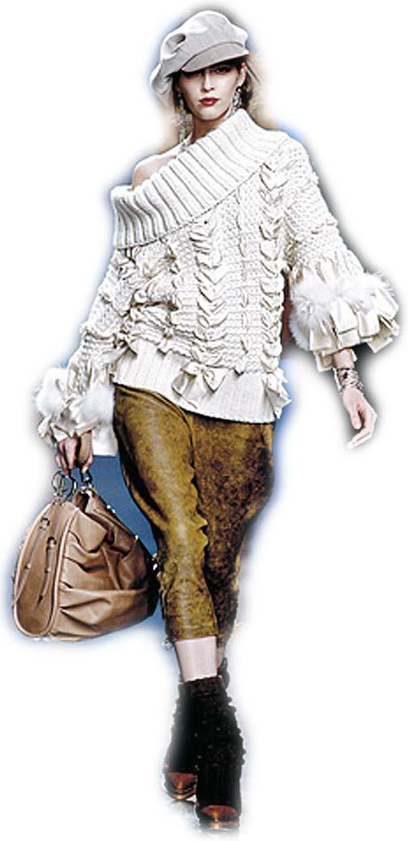 Dior рекомендует кепки – подходят и к костюму, и к пышному наряду.