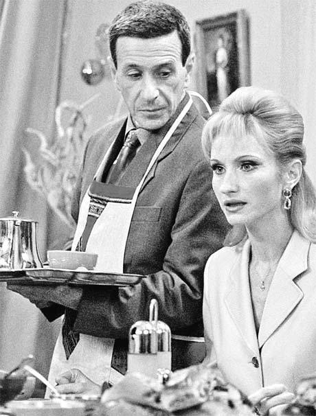 Борис Смолкин на съемках сериала «Моя прекрасная няня» подсунул Ольге Прокофьевой конфетку с сюрпризом.