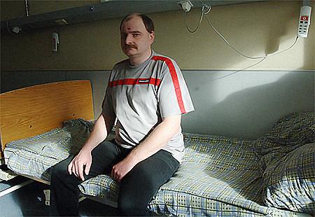 Старший эксперт экспертно-криминалистической службы УВД Западного округа столицы 37-летний майор милиции Максим Балабаев.