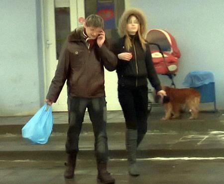 Евгений Русаков нашел себе сразу новую «добычу» - пятнадцатилетнюю Марину, тоже из неблагополучной семьи.