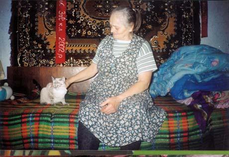 Сашу вырастила бабушка - Марии Михайловне сейчас 71 год.