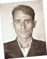 Валентин Мешков -отец Александра -был цыганом.