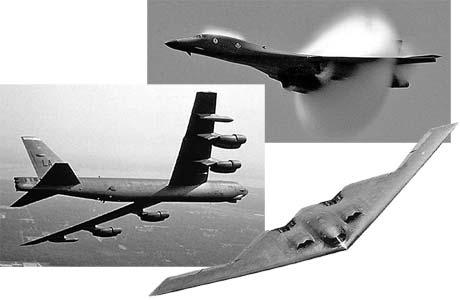 «Святая» американская троица: В-1В (в центре), В-52 (слева внизу) и В-2А (справа внизу).