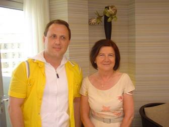 Мария вместе с нашим израильским корреспондентом Алексеем Осиповым.