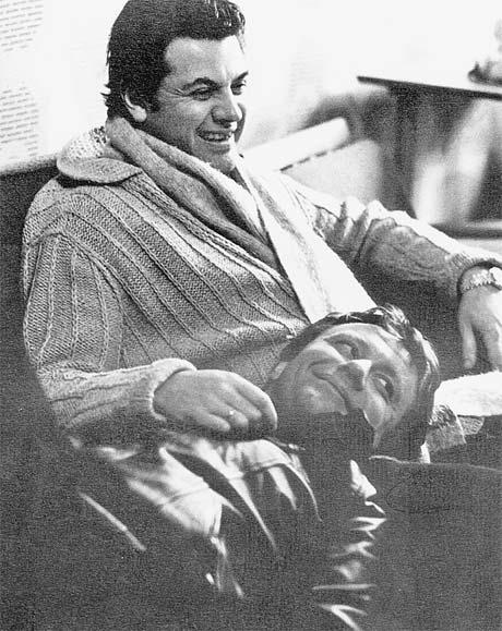 Андрей Миронов и Александр Ширвиндт на гастролях Театра сатиры. 80-е годы.