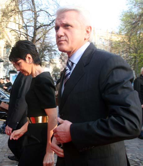 Перед тем как посмотреть фильм, спикер парламента Владимир Литвин поделился личными воспоминаниями о войне.