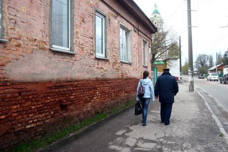 Улицы Чернигова с ночи патрулируют милиционеры.