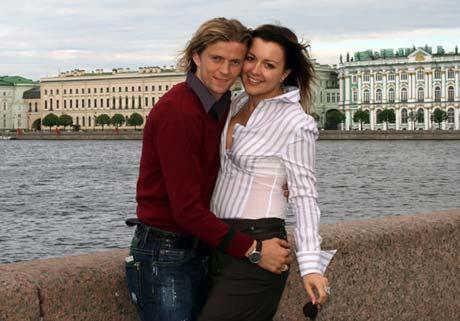 Анатолий и Надежда вместе уже почти 15 лет.