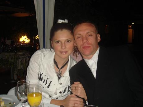 Семья Валяевых отдает предпочтение «отечественному производителю»: пятый год подряд поедет в Крым.