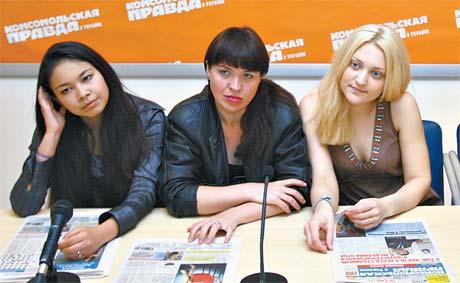 Диляра, Вика и Вера - единственные девушки, оставшиеся в проекте.