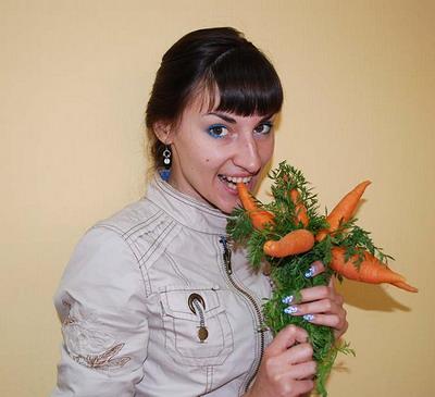 Морковка на рынках какая хочешь: от никопольской до израильской. Фото Анны ВЕРТЕГЕЛ.