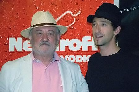 Эдриан Броуди с президентом Киевского международного кинофестиваля Богданом Ступкой.