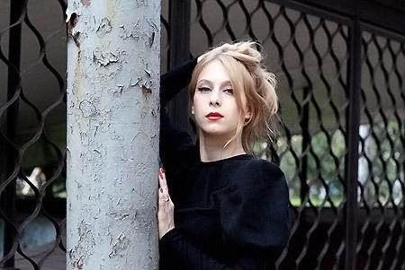 Лариса Баранова сыграла вегетарианку и болтушку.