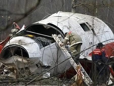 Самолет польского президента разбился под Смоленском в апреле этого года.