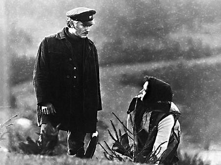 На съемках фильма «Живая вода» Лесь Сердюк (слева) влюбился в Зинаиду Кириенко.