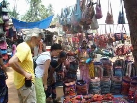 Туристам вместо сувениров предлагают на местных рынках купить наркотики...
