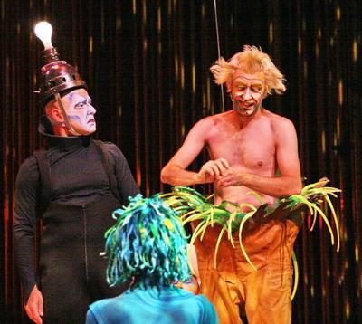 После успеха шоу Varekai (на снимкке) Cirque du Soleil представляет в СНГ представление Corteo. Фото Павла Дацковского