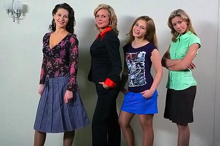 Героини нового сериала (слева направо) - подруги Настя, Валя, Рита и Полина.