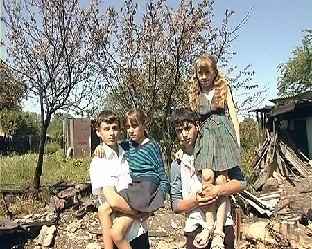 Андрей Борщев с Леной (слева) и Денис Бабаев с Валей.