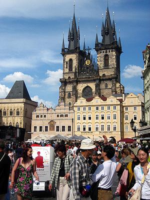 В Праге следите за своей сумкой и кошельком.