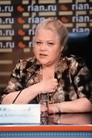 Ансамблем Людмилы Зыкиной продолжает руководить ее помощница Татьяна Свинкова. Надолго ли?