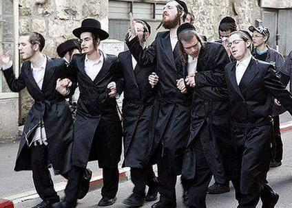 Чистоту своего генома евреи сохраняют благодаря строгим религиозным обычаям.