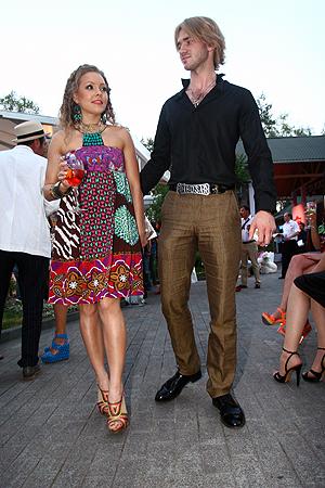 Все чаще Дмитрий выходит в свет с коллегой Аленой Шоптенко.