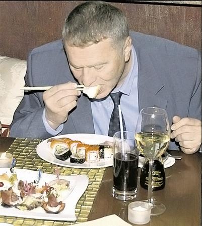 Владимир ЖИРИНОВСКИЙ уверен, что от рыбного отравления его убережет депутатская неприкосновенность?