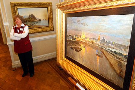 Во времена экономического кризиса специалисты рекомендуют покупать произведения искусства