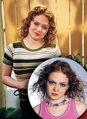 После роли Маши Катя Дубакина (на фото вверху) решила стать профессиональной актрисой.