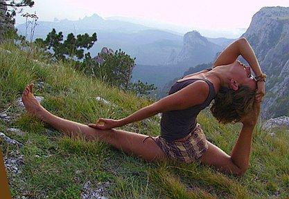 и совершенствуется в йоге.