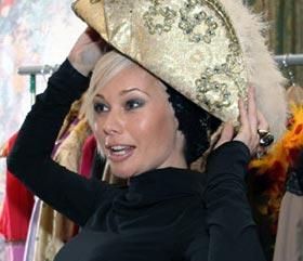 Корикова сохранила на память несколько костюмов из сериала.