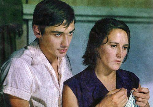 Владимир Тихонов и Нонна Мордюкова в фильме «Русское поле». 1971 г.