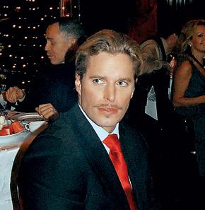 Филип Тофт: - Это не просто усы, а дань моим немецким корням.