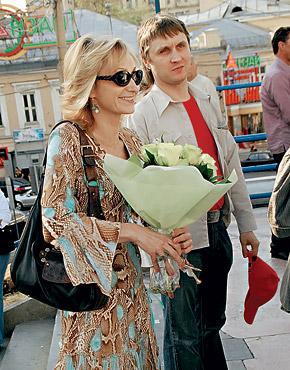 Ольга Прокофьева и ее постоянный спутник, имя которого она предпочитает держать в секрете.
