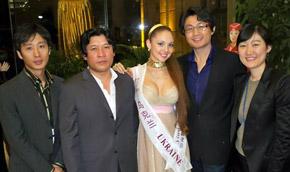 Азиатские организаторы конкурса красоты в восторге от украинки.