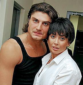 Жанна не устояла перед обаянием Виталия Новикова.