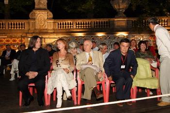И хотя церемония награждения длилась всего полчаса, Роман Балаян сидеть на пластиковом кресле устал.