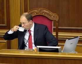 Экс-спикер Яценюк: - Мне столько крови выпили, что не до поста.