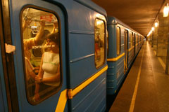 За год в столичном метро зафиксировали более десятка суицидов.