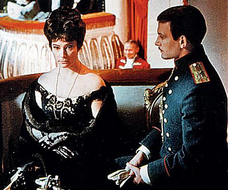 После роли Вронского Лановой научился ценить самоотверженность любимой женщины.