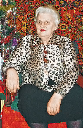 Вот уже более полувека Валентина Федоровна успешно лечит людей и строит семейный уют.